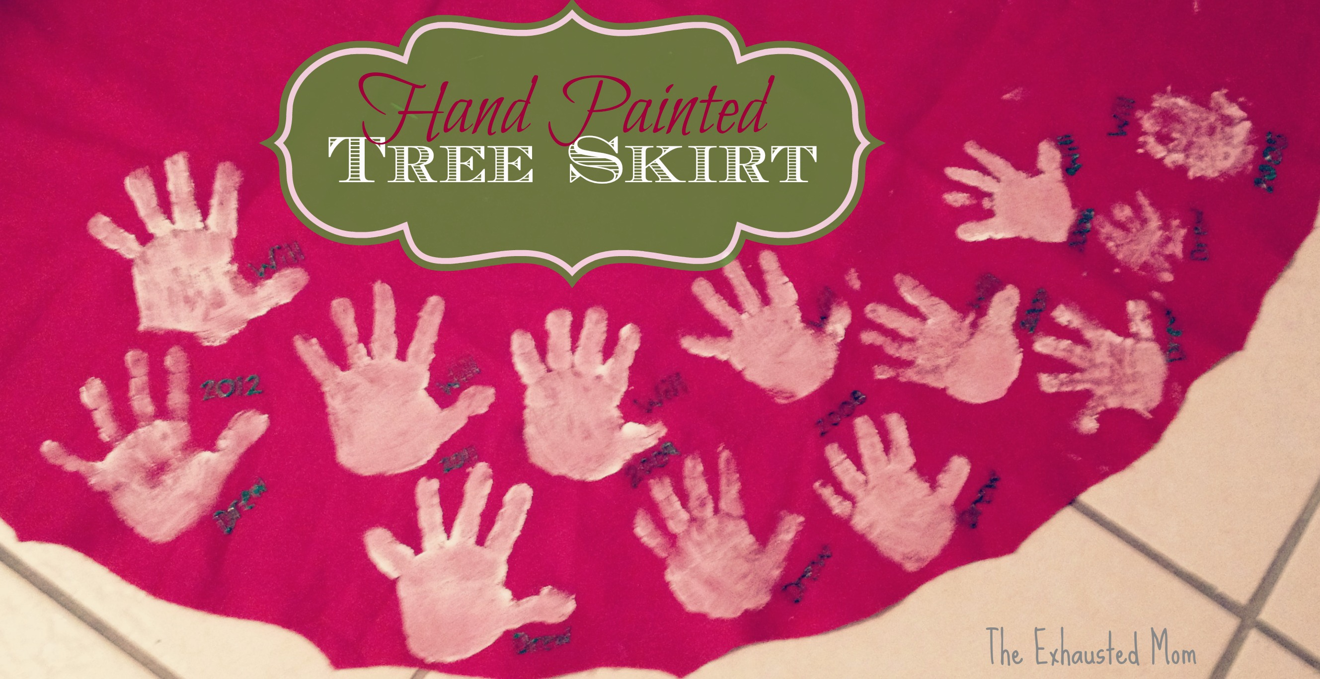 Holiday Traditions ~ A Hand Painted Tree Skirt - The Exhausted Mom