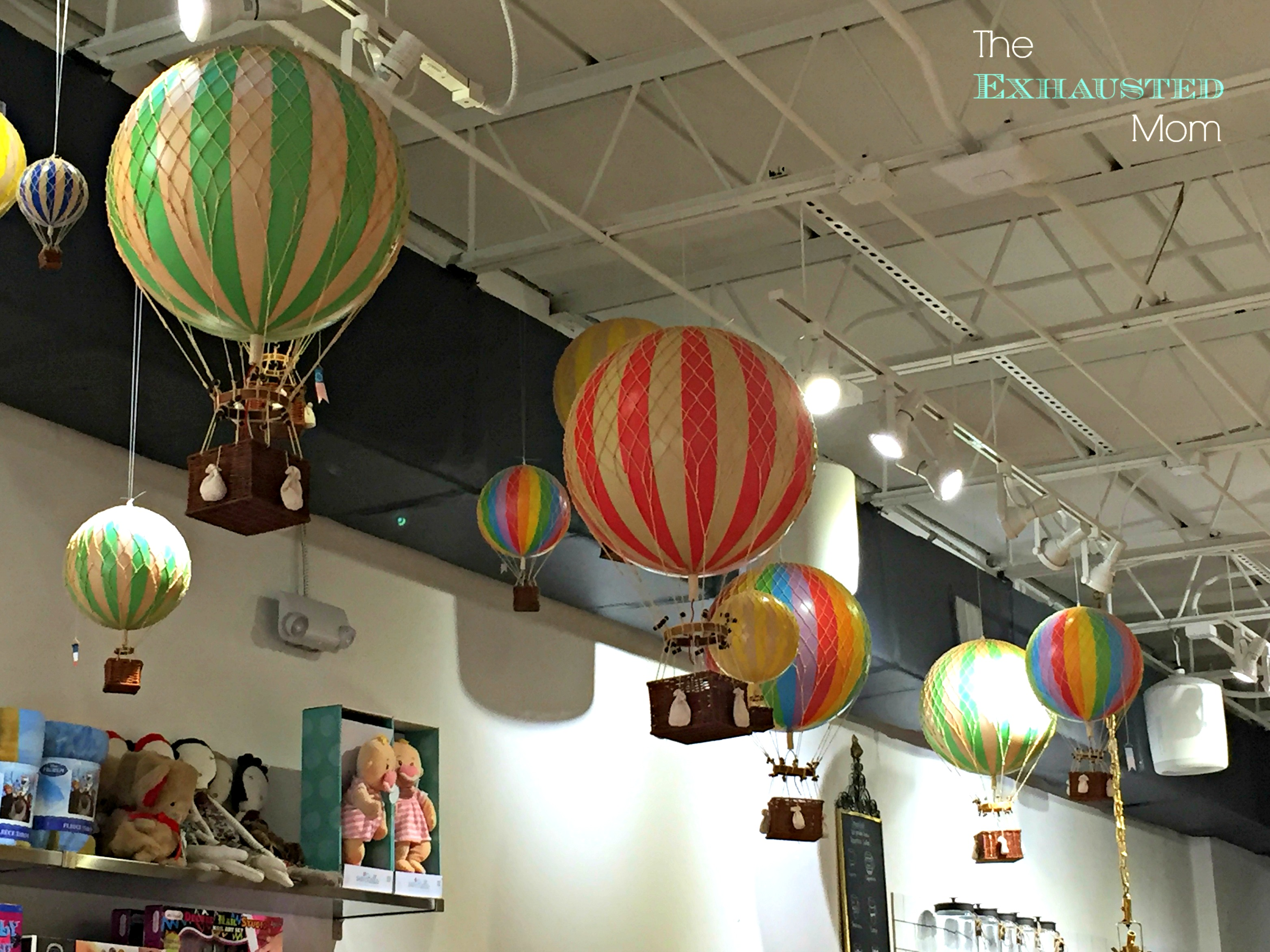 I just LOVE these hot air  balloons that hang from the ceiling!